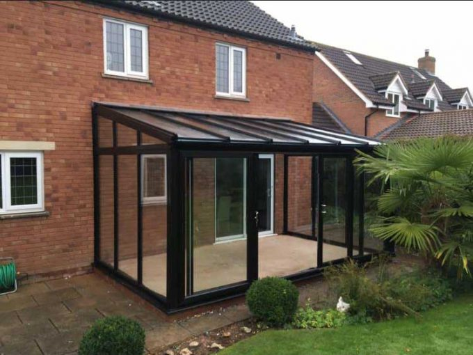 Contemporary Style Conservatory