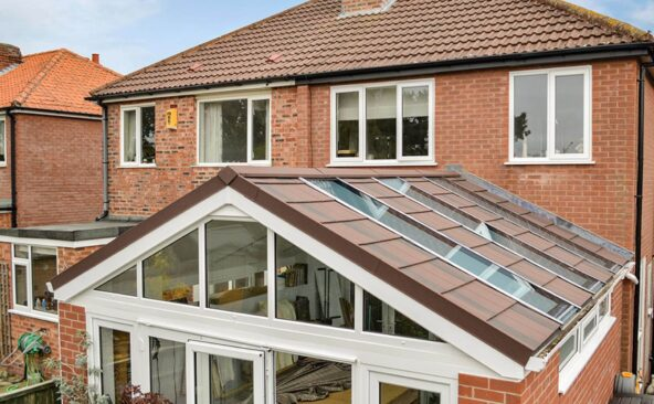 Solid Roof Conservatory (2)