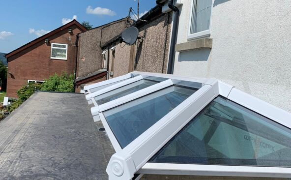 Lantern Roof Bi Folding Doors (3)